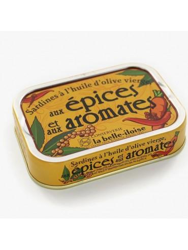 Sardines à l'huile d'olive vierge aux épices et aux aromates